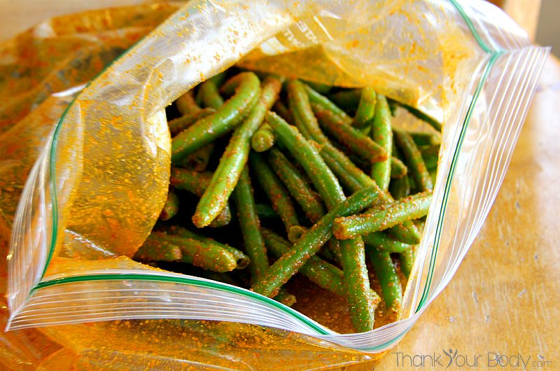 Try these BBQ crispy green bean snacks...a great alternative to junk food snacking!