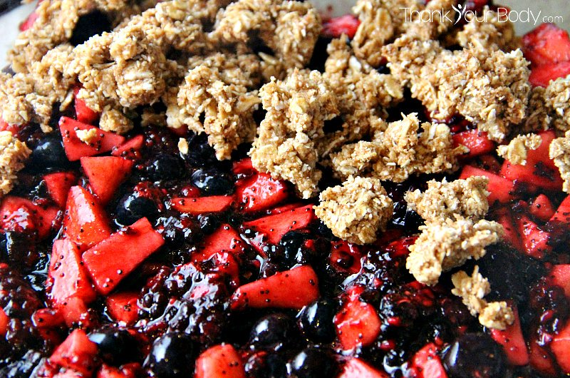 This delicious heart healthy fruit crisp contains only ingredients that are healthy and good for your heart.