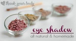 How fun is this? All natural homemade eye shadow! Never thought it would be so easy to make. Click here for four color recipes.