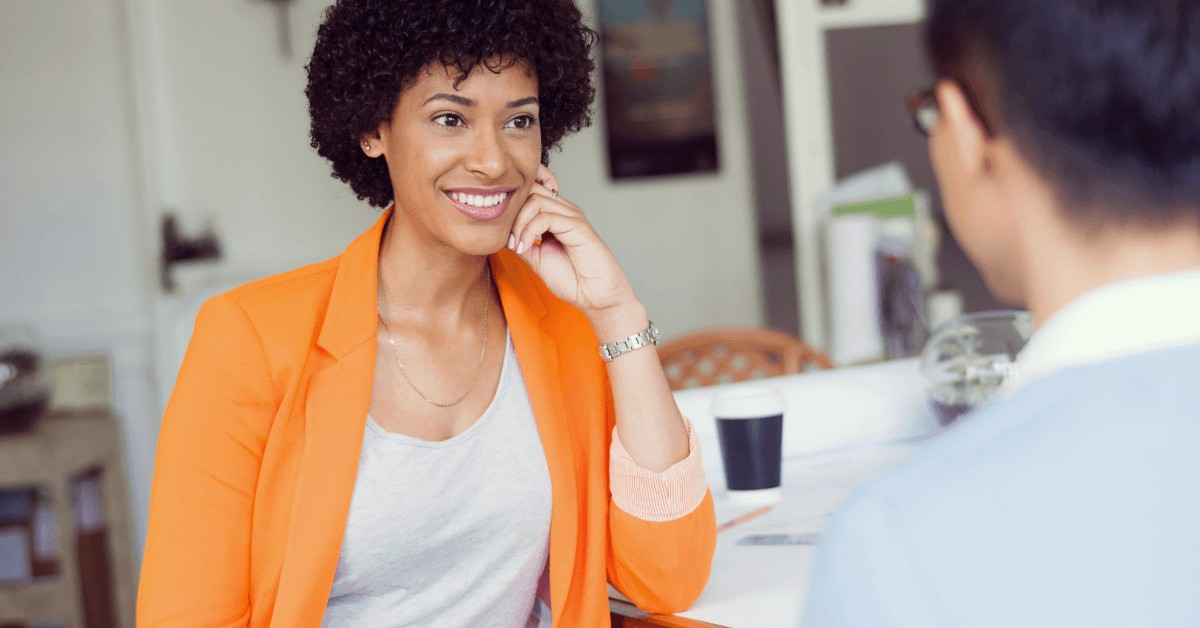 Interested in reading body language? Want to make a better first impression and find your inner confidence? Stop making these 5 body language mistakes.