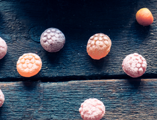 11 Natural Halloween Candy Options (+ Allergy Friendly)