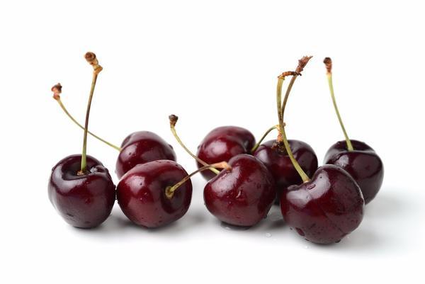 benefits-of-black-cherry-juice
