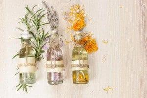 essential-oils-for-sore-throats